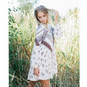 🌺Free people from your heart tunic.